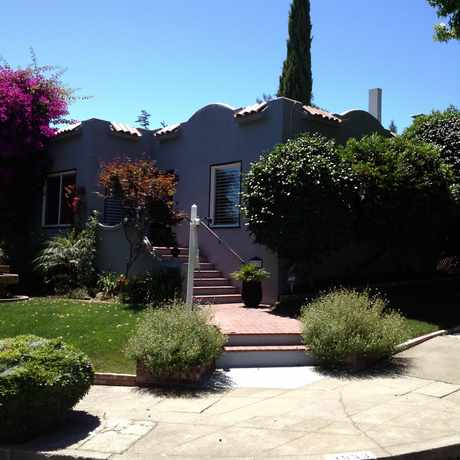 Photo of Upper diamond Neighborhood in Upper Dimond, Oakland