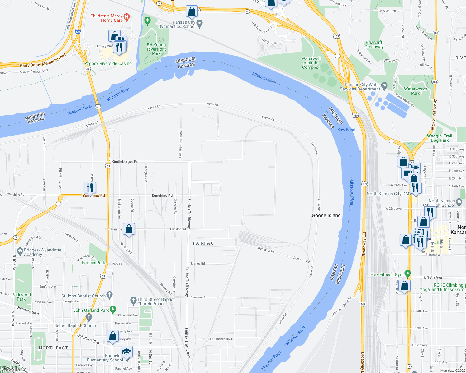 map of restaurants, bars, coffee shops, grocery stores, and more near 3201 Fairfax Trafficway in Kansas City