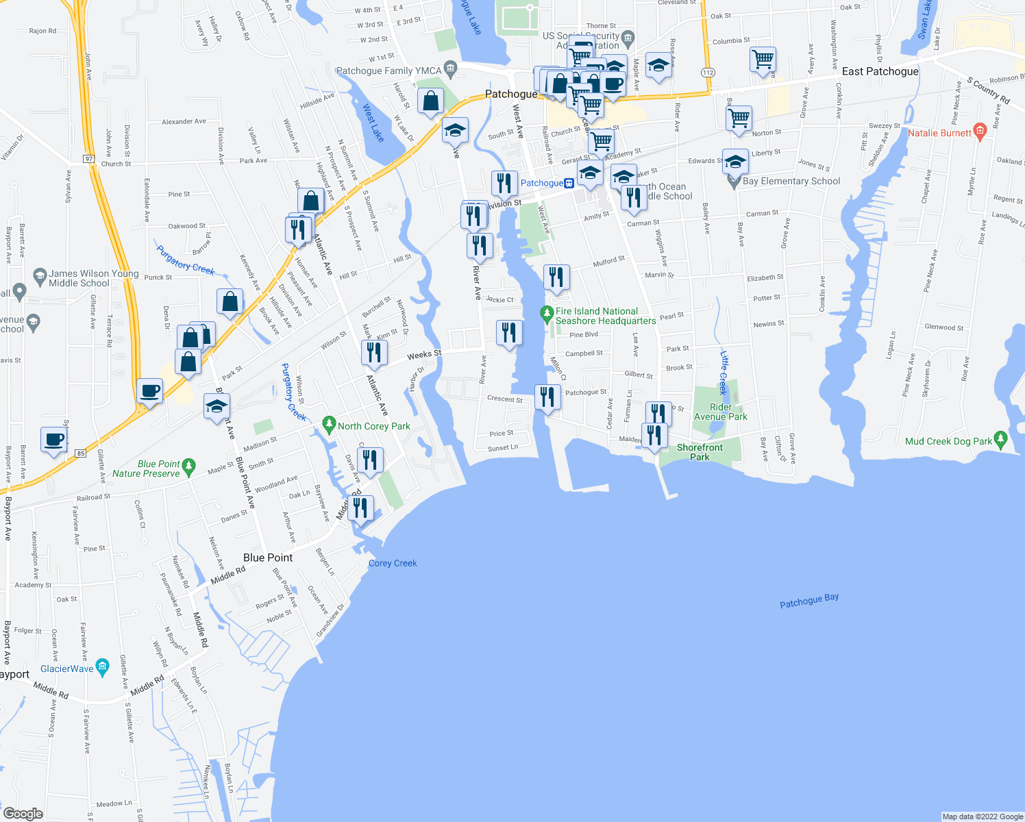 map of restaurants, bars, coffee shops, grocery stores, and more near Mainsail Dr in Patchogue