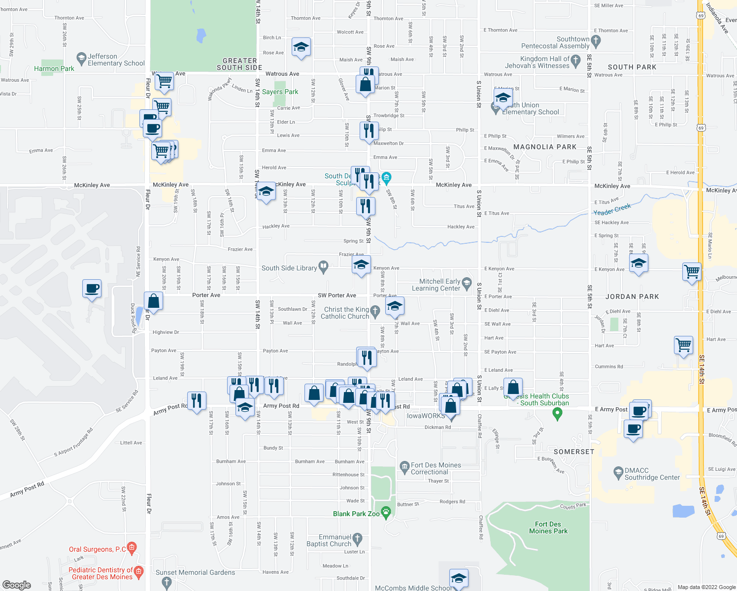 map of restaurants, bars, coffee shops, grocery stores, and more near SW 9th St & Porter Ave in Des Moines