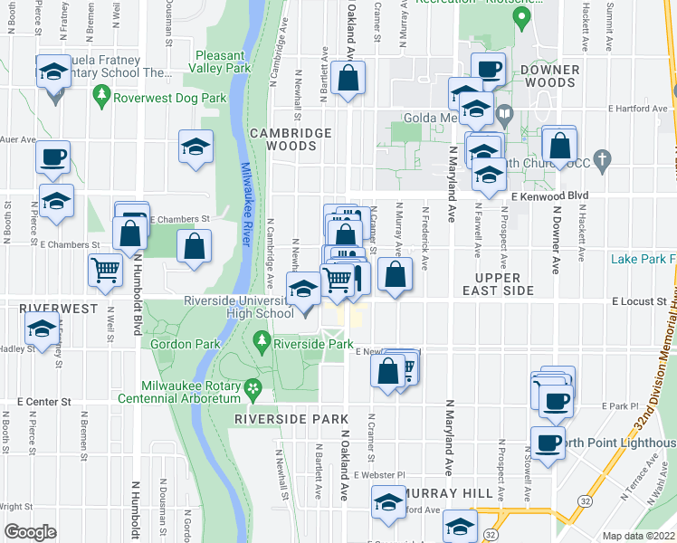 map of restaurants, bars, coffee shops, grocery stores, and more near 2943 North Oakland Avenue in Milwaukee